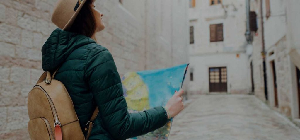 Solo travel apps: Solo Traveller reading map